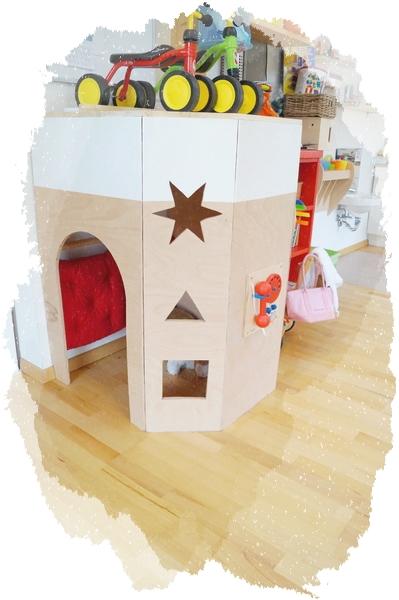 Das Spielhaus, mit Spielelementen